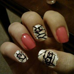 Mummy Nails