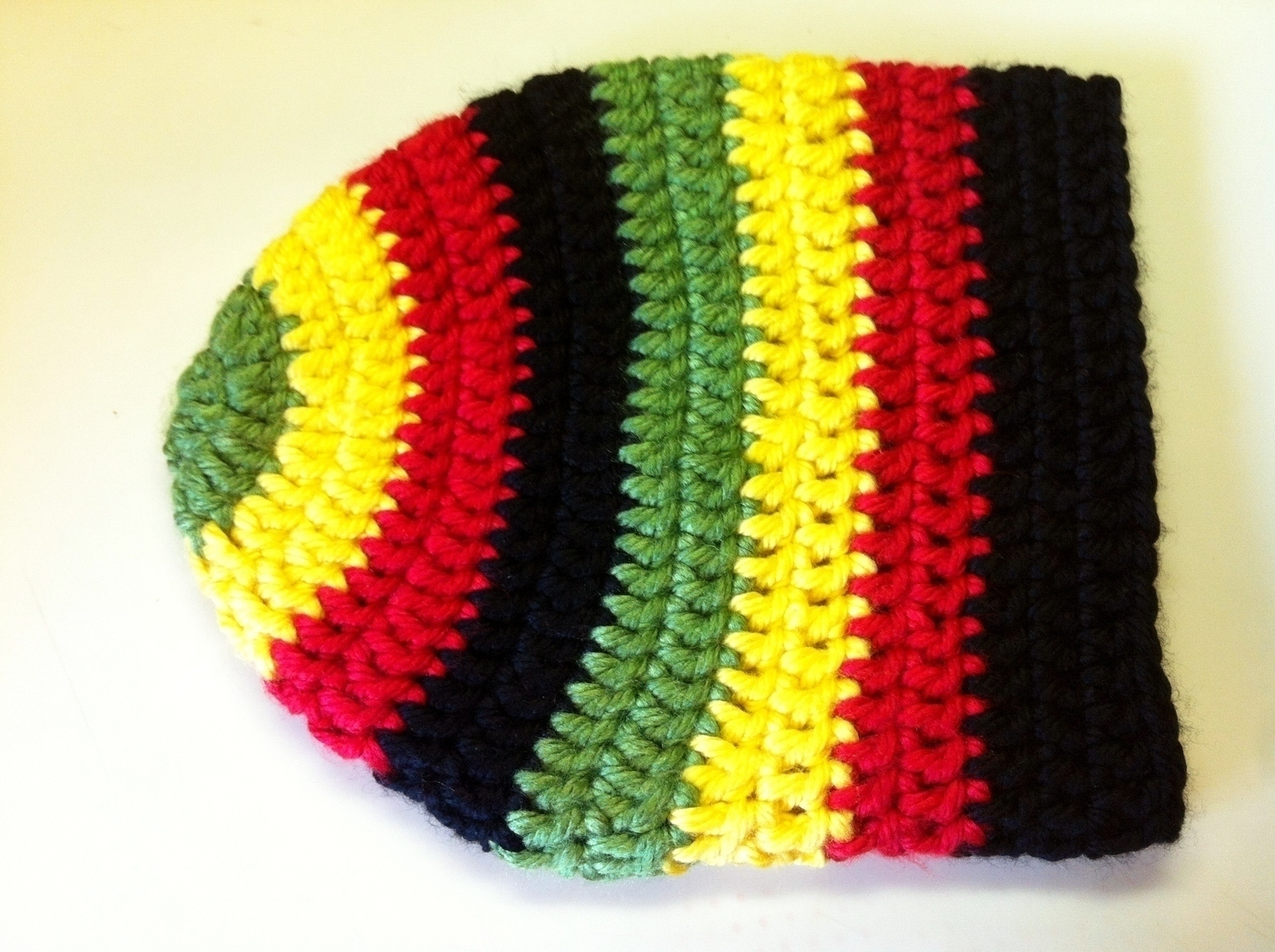 Make a slouchy beanie in under 120 minutes by crocheting with crochet 89ca1e329c7