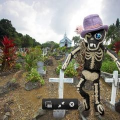Zombie Gravedigger