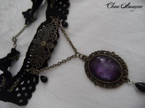 Filigree with cameo .  Make a lace choker in under 60 minutes by jewelrymaking with chain, cabochon, and cameo. Inspired by gothic, steampunk, and vintage & retro. Creation posted by ChaosAnonyme. Difficulty: 3/5. Cost: 3/5.