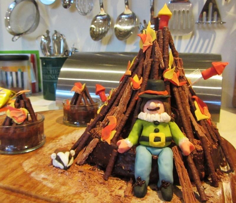 Bonfire Night Cake 183 How To Decorate A Seasonal Cake