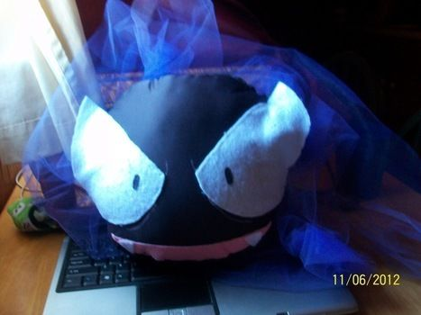 How to make a Gastly, from Pokemon!  .  Free tutorial with pictures on how to make a Pokemon plushie in under 80 minutes by sewing and felting with felt, paint, and material. Inspired by pokemon. How To posted by DeathofDawn. Difficulty: Simple. Cost: Absolutley free. Steps: 4
