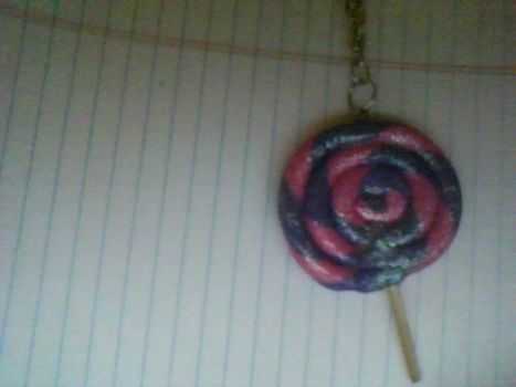 .  Sculpt a clay food necklace in under 40 minutes by jewelrymaking and  Inspired by lollipops and clothes & accessories. Version posted by wickedcrafter. Difficulty: Simple. Cost: 3/5.