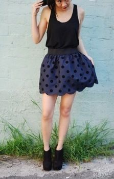 DIY SCALLOPED HEM SKIRT .  Free tutorial with pictures on how to sew a scalloped hem skirt in under 20 minutes by sewing and dressmaking with scissors, thread, and paper. How To posted by Aimee S. Difficulty: Simple. Cost: Cheap. Steps: 4