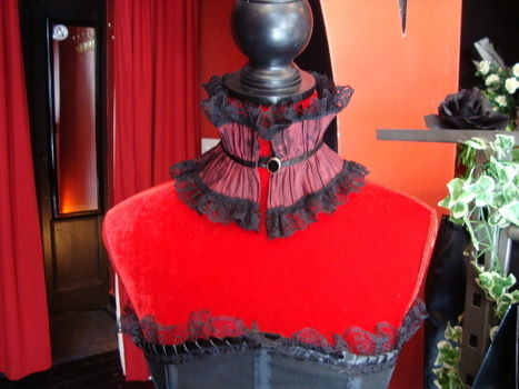 Stunning with your favourite gothic outfit ;) .  Make a lace choker in under 30 minutes by sewing with ribbon, buttons, and satin. Inspired by gothic, steampunk, and clothes & accessories. Creation posted by Goth Kitty. Difficulty: Easy. Cost: Absolutley free.