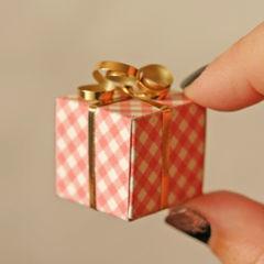 Tiny Gift Boxes