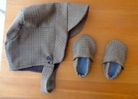 A friend of mine is having a baby boy, so I decided my gift would be the best ever. .  Make a baby hat by sewing with buttons, t shirt, and pants. Inspired by clothes & accessories. Creation posted by Julia V. Difficulty: 3/5. Cost: Cheap.