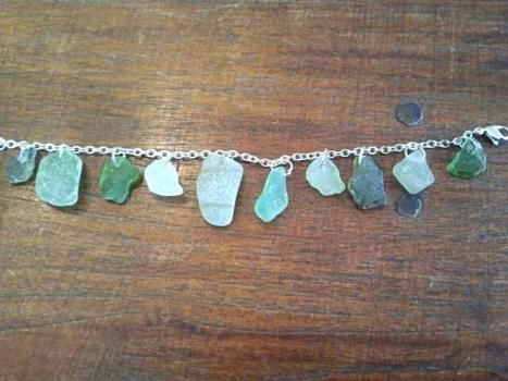 Seaglass! .  Make a bracelet in under 60 minutes using seaglass. Inspired by christmas, kawaii, and clothes & accessories. Creation posted by mimilover. Difficulty: Easy. Cost: Absolutley free.