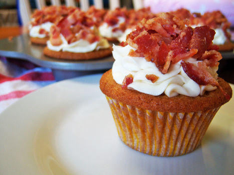 Your favorite breakfast - in cupcake form! .  Free tutorial with pictures on how to bake a maple cupcake in under 30 minutes by cooking, baking, and decorating food with butter, butter, and eggs. Recipe posted by kristin.dowling. Difficulty: Simple. Cost: 3/5. Steps: 10