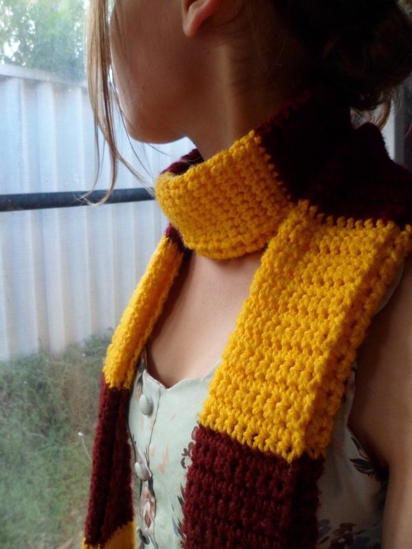 Gryffindor Scarf 183 A Stripy Scarf 183 Crochet On Cut Out