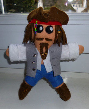 CAPTAIN Jack Sparrow .  Make a rag dolls / a person plushie in under 90 minutes by beading, braiding, embellishing, and needleworking with felt and beads. Inspired by pirate, pirates of the caribbean, and people. Creation posted by Minimax. Difficulty: 3/5. Cost: Absolutley free.