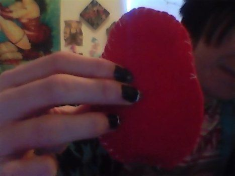 A nice heart shaped  mp3 cozy .  Sew a fabric heart pouch in under 20 minutes by creating and sewing with felt, felt, and needle and thread. Creation posted by kittybadass5 c. Difficulty: Easy. Cost: Absolutley free.