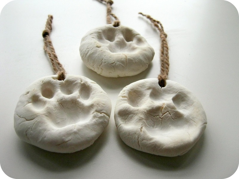 Diy Pet Paw Prints 183 A Clay Model 183 Decorating On Cut Out