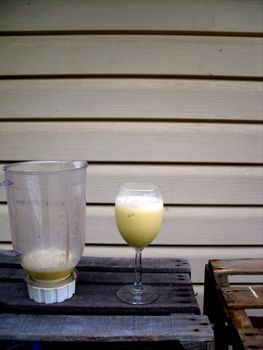 Delicious, Healthy Smoothie! .  Free tutorial with pictures on how to mix a banana smoothie in under 10 minutes by cooking and mixing drinks with honey, banana, and ice. Recipe posted by Mypeacelovelife.com. Difficulty: Easy. Cost: Absolutley free. Steps: 1