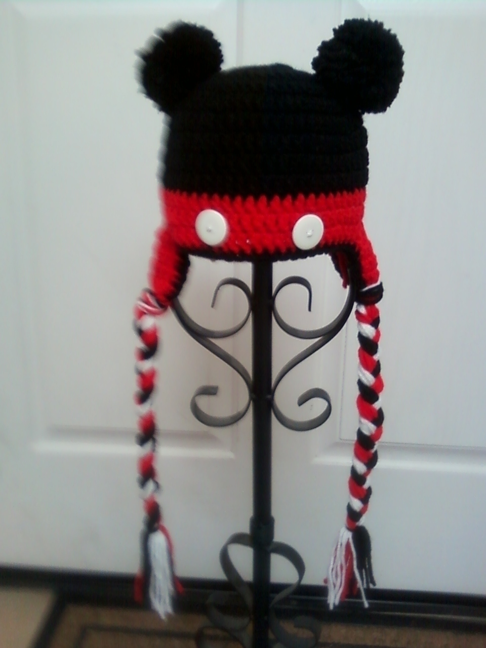 Minnie And Mickey Mouse Hats · An Animal Hat · Yarn Craft and ...