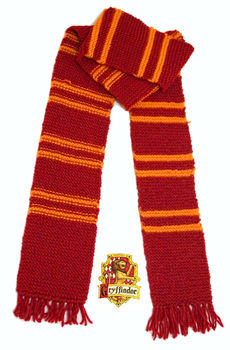 For the cold days on Hogwarts .  Knit Or Crochet a stripy scarf by needleworking, crocheting, and knitting with knitting needles and crochet needle. Inspired by gifts, halloween, and harry potter. Creation posted by Lufe Soto. Difficulty: 3/5. Cost: 3/5.