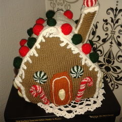 Knit Gingerbread House
