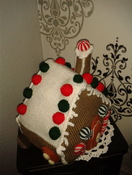 So tempting you want to eat it. .  Make a gingerbread man plushie in under 129 minutes by knitting with wool. Inspired by christmas. Creation posted by Markee R. Difficulty: 3/5. Cost: 3/5.