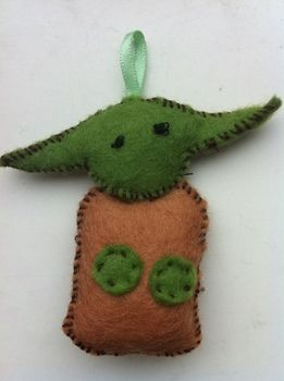 .  Sew a fabric character charm in under 20 minutes by sewing and felting Inspired by crafts, gifts, and star wars. Version posted by English Ginger. Difficulty: Simple. Cost: Absolutley free.