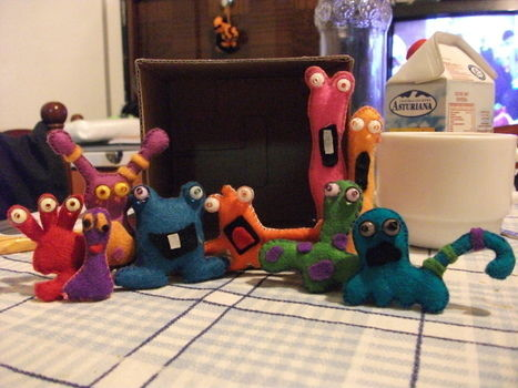 A fun, light-hearted project I made: a bunch of silly, funny felt creatures! .  Free tutorial with pictures on how to make a food plushie in 3 steps by sewing with felt, yarn, and beads. Inspired by gifts, domo kun, and domo kun. How To posted by KozmicBlues. Difficulty: Simple. Cost: No cost.