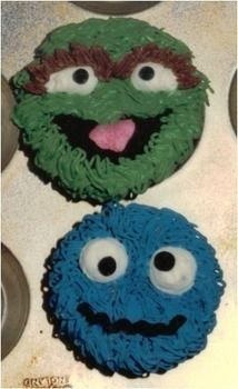 .  Decorate a character cake in under 60 minutes by spraypainting, baking, decorating food, decorating, and cake decorating with cake and icing. Inspired by sesame street, monsters, and cookie monster. Creation posted by David P. Difficulty: Easy. Cost: Cheap.