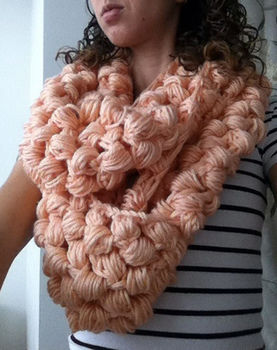 Super delicious chunky cowl .  Free tutorial with pictures on how to knit a puff stitch scarf in under 120 minutes by crocheting with crochet hook, worsted weight yarn, and yarn needle. How To posted by Kim S. Difficulty: Easy. Cost: No cost. Steps: 4