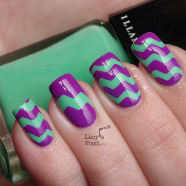 Patterns Using Tape Nail Art: How To Do A Zig Zag Nail Art Using Tape And Craft Scissors