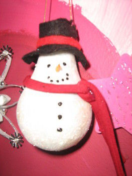 Great hand made gifts!  kids can help too! .  Make a snowman ornament in under 30 minutes by creating, decorating, and embellishing with light bulb, glitter, and felt. Inspired by gifts, christmas, and snowman. Creation posted by meg s. Difficulty: Easy. Cost: No cost.