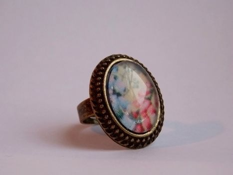 Oh-so-retro. <3 .  Free tutorial with pictures on how to make a cabochon ring in under 10 minutes by jewelrymaking with scissors, glue, and marker pen. Inspired by vintage & retro. How To posted by Anna H. Difficulty: Easy. Cost: Cheap. Steps: 3