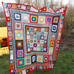 Square scrappy crochet blanket 1