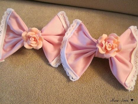 Lovely Hair Bows .  Make a bow tie in under 60 minutes by hairstyling, needleworking, and sewing with fabric, hair clips, and lace ribbon. Inspired by lolita, kawaii, and people. Creation posted by Nina C.  in the Jewelry section Difficulty: Simple. Cost: Cheap.