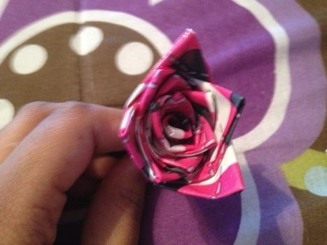 I love bows!!! .  Make a pin / slide in under 10 minutes by hairstyling with hair clips, duct tape, and bobby pin. Inspired by clothes & accessories and floral. Creation posted by craftiequeen2000.  in the Jewelry section Difficulty: Simple. Cost: Cheap.