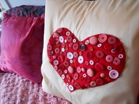 A fun DIY to fill your home with love! <3 .  Free tutorial with pictures on how to make a stitched cushion in under 180 minutes by sewing and embroidering with buttons, pillow, and felt. Inspired by valentine's day, kawaii, and hearts. How To posted by Serena A. Difficulty: Simple. Cost: Absolutley free. Steps: 1