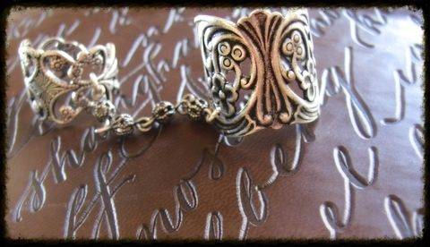 Super Easy to make and I tell you where to get the stuff! .  Free tutorial with pictures on how to make a metal ring in under 10 minutes by jewelrymaking with jump rings, chain, and pliers. Inspired by crafts, for girls, and gothic. How To posted by Shelley8123. Difficulty: Simple. Cost: Cheap. Steps: 1