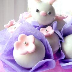 Square easter bunny cake pops