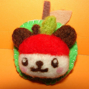 Needle Felted cuties  .  Sew a fabric animal brooch in under 180 minutes by felting with felt, yarn, and brooch. Inspired by gifts, hello kitty, and kawaii. Creation posted by Rosarito G.  in the Other section Difficulty: 3/5. Cost: 3/5.