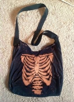 Goth on the move. XD .  Make a hobo bag in under 180 minutes by drawing, decorating, stencilling, bleaching, and sewing with t shirt, needle & thread, and bleach. Inspired by halloween, gothic, and punk. Creation posted by DarkAshHurts.  in the Needlework section Difficulty: 3/5. Cost: No cost.