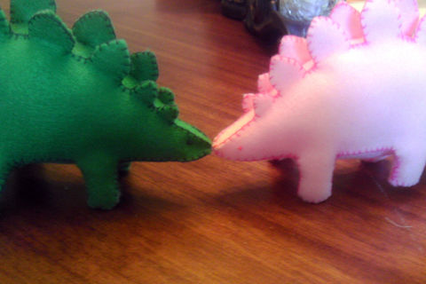 .  Make a stegosaurus plushie in under 120 minutes Version posted by Emmyann07. Difficulty: Simple. Cost: Cheap.