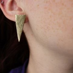 Diy: Metallic Spike Earrings