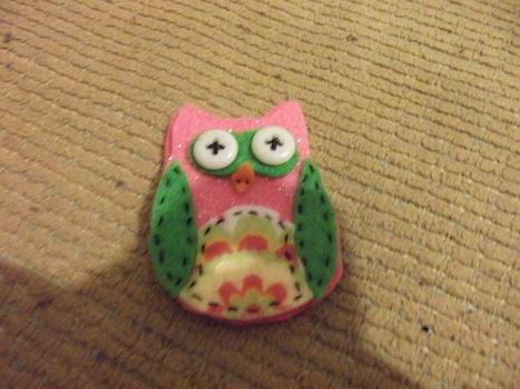 Lil Owl .  Make a bird plushie in under 20 minutes by needleworking, sewing, and hand sewing with felt and buttons. Inspired by gifts, owls, and owls. Creation posted by ChristineMarie.  in the Needlework section Difficulty: Simple. Cost: Absolutley free.