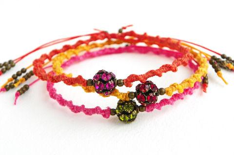 Knotted Friendship Bracelets How To Braid A Friendship Bracelet