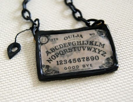 .  Make ouija board necklace in under 20 minutes by creating, decorating, molding, and jewelrymaking Inspired by gifts, halloween, and gothic. Version posted by AncestralCurse. Difficulty: Simple. Cost: Absolutley free.