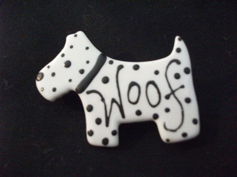 Dog Brooch .  Sculpt a clay animal brooch in under 60 minutes by decorating, embellishing, and jewelrymaking with glaze, glaze, and porcelain. Inspired by clothes & accessories. Creation posted by sian d.  in the Other section Difficulty: Easy. Cost: 3/5.