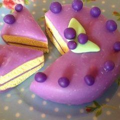 Fimo Blueberry Cake