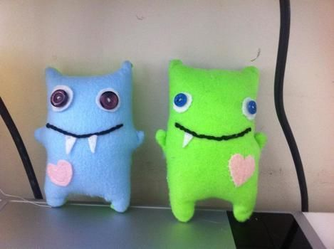 .  Make a food plushie in under 120 minutes by hand sewing Inspired by domo kun, domo kun, and domo kun. Version posted by nikky_. Difficulty: 3/5. Cost: Cheap.