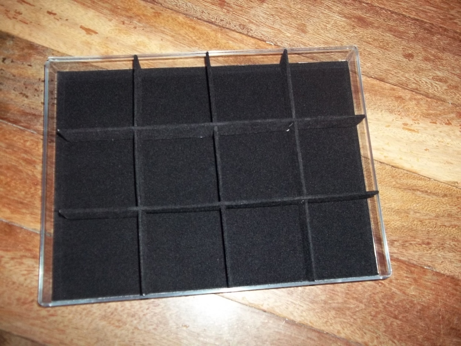 how to make a display case
