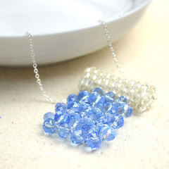 Making Bead Necklace Patterns With Glass Beads