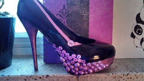 Something different .  Embellish a pair of bejewelled shoes in under 50 minutes by creating and decorating with shoes. Inspired by crafts, people, and clothes & accessories. Creation posted by teisha m.  in the Decorating section Difficulty: Easy. Cost: No cost.