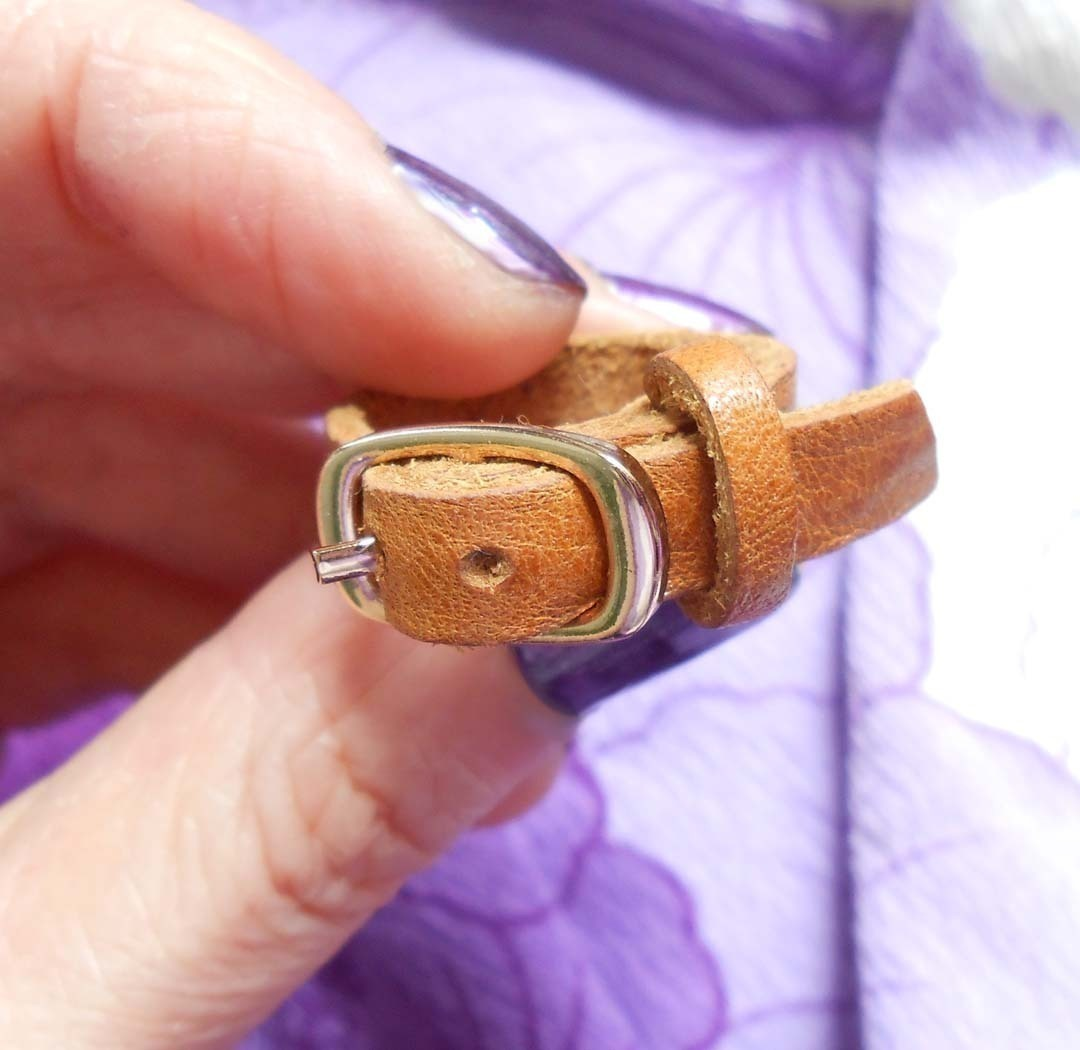 Mini Leather Belt Ring  U00b7 How To Make A Leather Ring