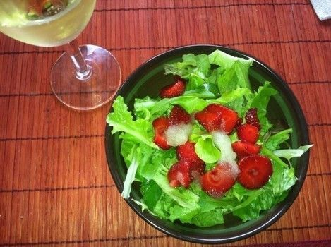 Refreshing Summer Treat .  Free tutorial with pictures on how to make a strawberry salad in under 20 minutes by cooking with lemon, strawberries, and lettuce. Recipe posted by Ravens Trove.  in the Recipes section Difficulty: Easy. Cost: Absolutley free. Steps: 1